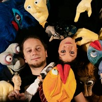 Puppets visit the museum
